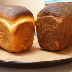 Свежий горячий хлеб